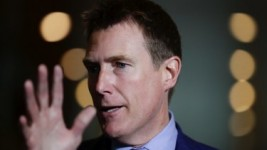 Attorney-General Christian Porter failed to win crossbench support for a vote on his Family Court merger bill.
